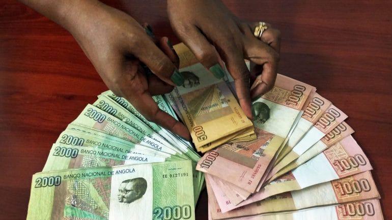 bna colocou mais dinheiro em circulação em fevereiro - Dinheiro - BNA colocou mais dinheiro em circulação em Fevereiro