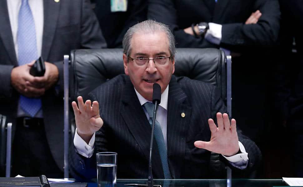 - Eduardo Cunha - Ex-presidente da Câmara dos Deputados do Brasil é condenado a 15 anos de prisão por corrupção