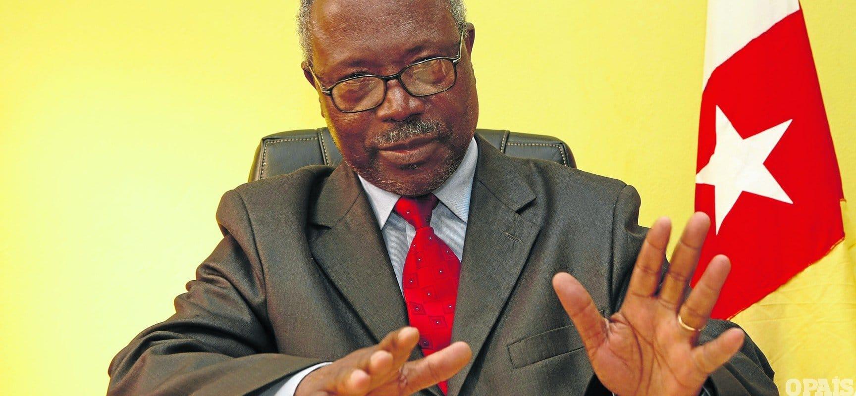 - Lucas Ngonda - Tribunal Constitucional invalida reunião do Comité Central da FNLA