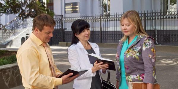 """- Testemunhas de Jeova - Rússia suspende atividade de Testemunhas de Jeová por """"extremismo"""""""