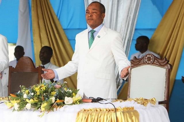 - 02ade70dc 44fa 40ca 80ef c9b67ee34200 - Vídeo: A verdade por trás da divisão da igreja Tocoista em Angola