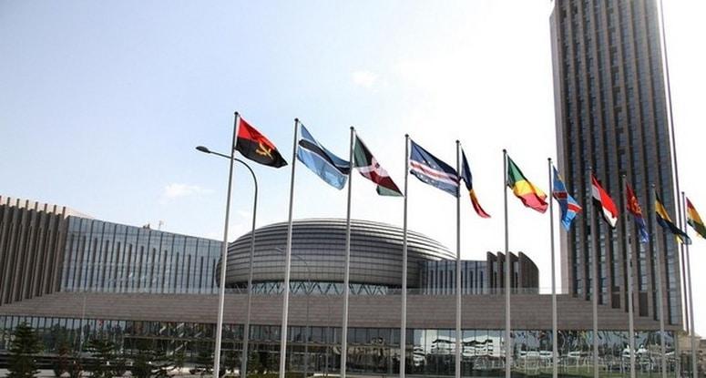 - 4022f9b2b00033155f4e2abf8cd29b5a44f59fa4 - Comissões eleitorais da SADC pedem condições para voto no estrangeiro