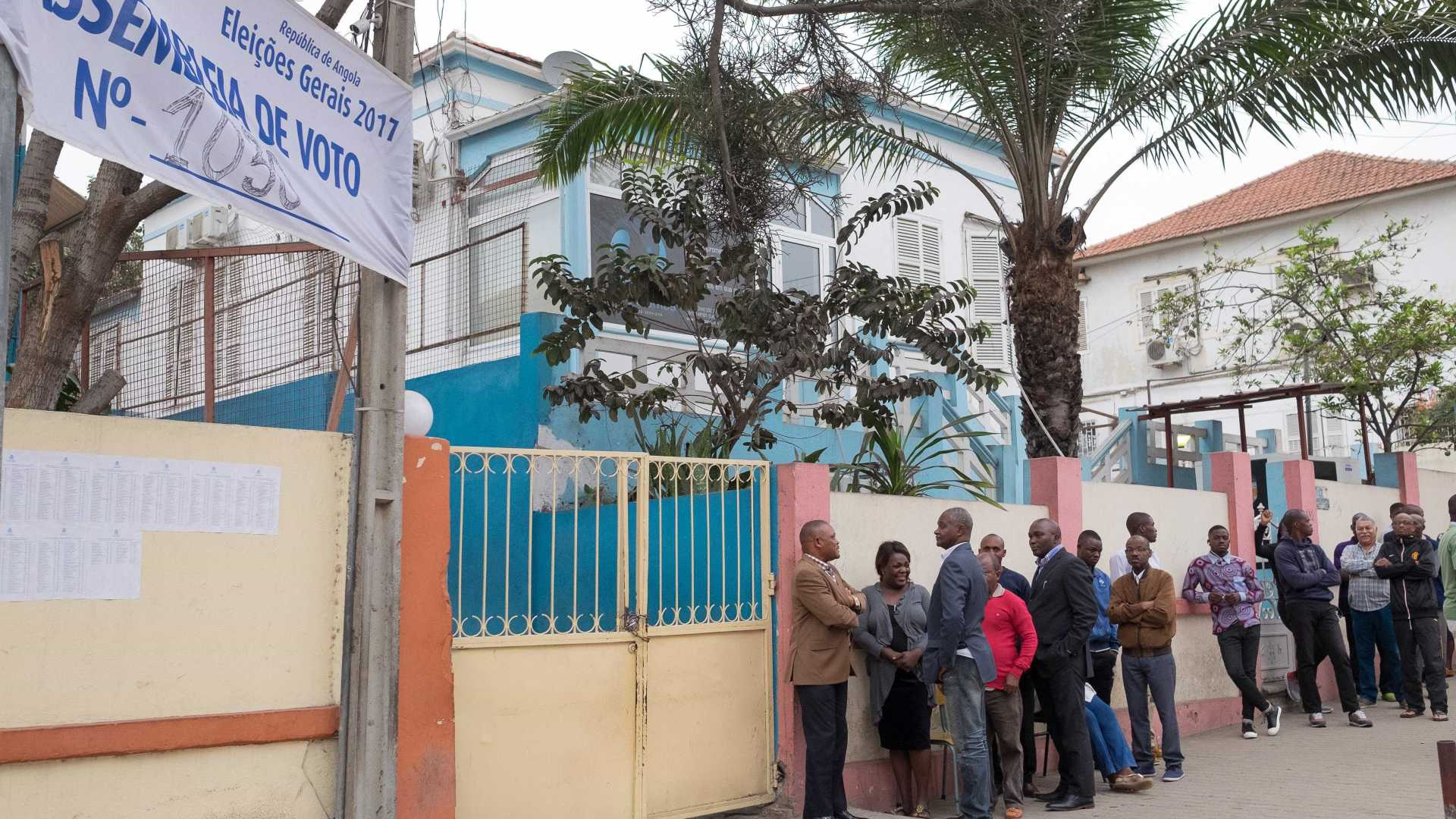 - Eleic  o  es AO - Mais de 1.400 eleitores votaram este sábado nas Províncias de Moxico, Benguela e Lunda Norte