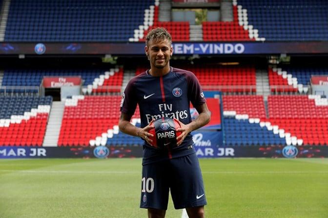 - neymar2 - Neymar volta aos treinos com o PSG