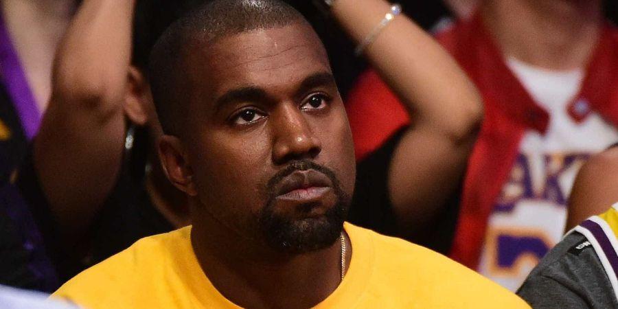- transferir 5 - Kanye west é acusado de tentar esconder a sua doença psiquiátrica