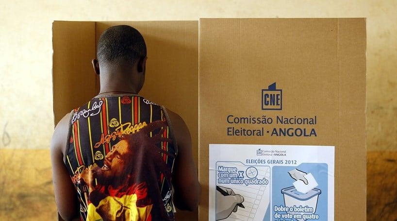 - voto AO - Há mais de 1000 eleitores que só vão votar no sábado