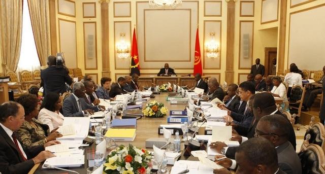 """- Governo angolano  - Programa """"Angola Investe"""" será redefinido"""