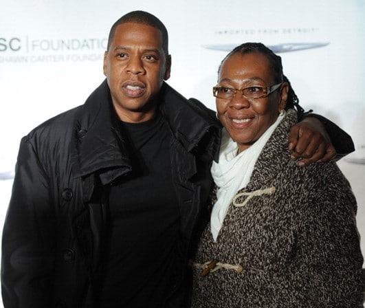 - Jaiyz e mae - Mãe de Jay-Z revela como assumiu a homossexualidade ao filho