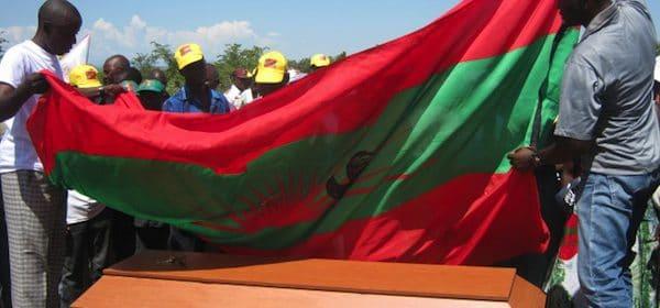 - UNITA militantes - As contribuições inflamáveis da sociedade civil são bem-vindas, mas não tem influência no congresso da UNITA – António Dembo