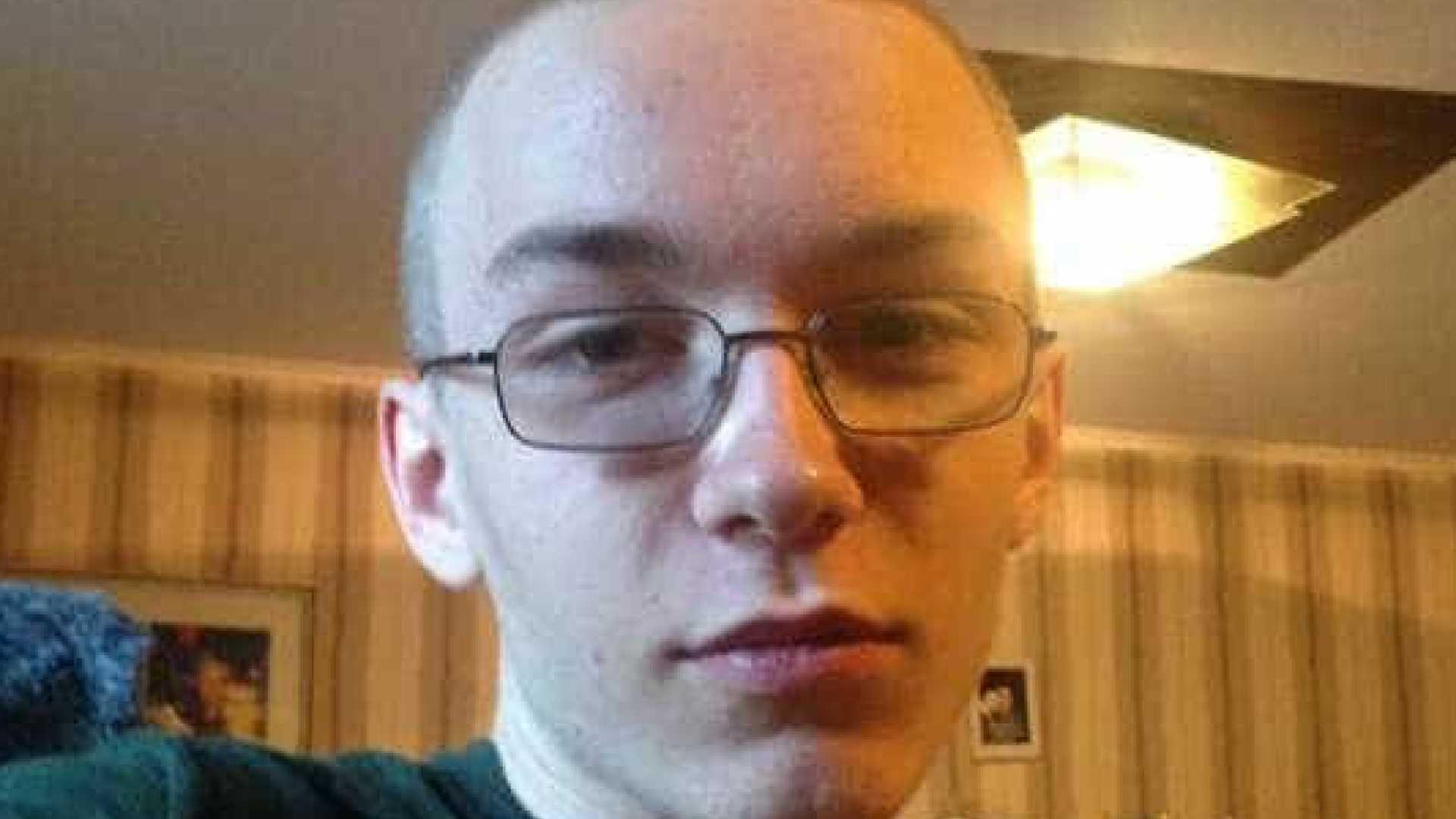 jovem matou criança com 56 facadas. no mesmo dia matou também um amigo - naom 59ce7bcb62b00 - Jovem matou criança com 56 facadas. No mesmo dia matou também um amigo