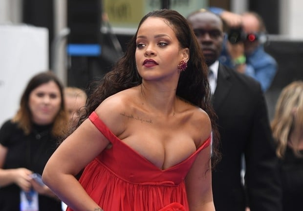 rihanna apontada pela forbes como a artista mais rica do mundo da música - rihanna - Rihanna apontada pela Forbes como a artista mais rica do mundo da música
