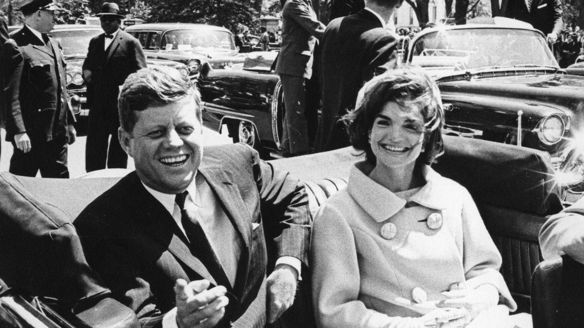 divulgados na íntegra 69 mil documentos sobre assassínio de kennedy - JFK - Divulgados na íntegra 69 mil documentos sobre assassínio de Kennedy