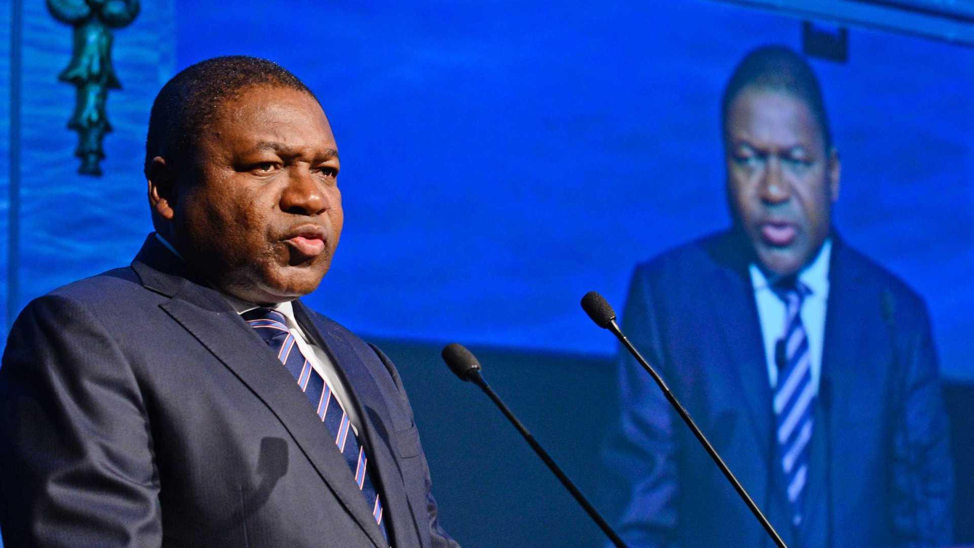 filipe nyusi nomeia novos líderes das forças armadas e da polícia do país - Nyiusi - Filipe Nyusi nomeia novos líderes das forças armadas e da polícia do país