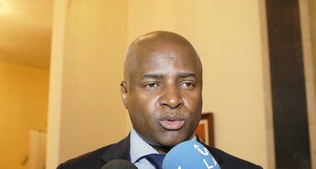 - Angelo tavares - MININT esclarece o processo de exumação dos restos mortais de Jonas Savimbi