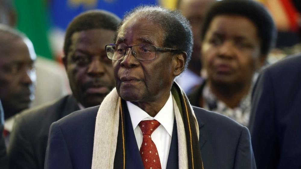 - MUGABE - Mugabe deixou 10 milhões de dólares e casas. Críticos acham pouco