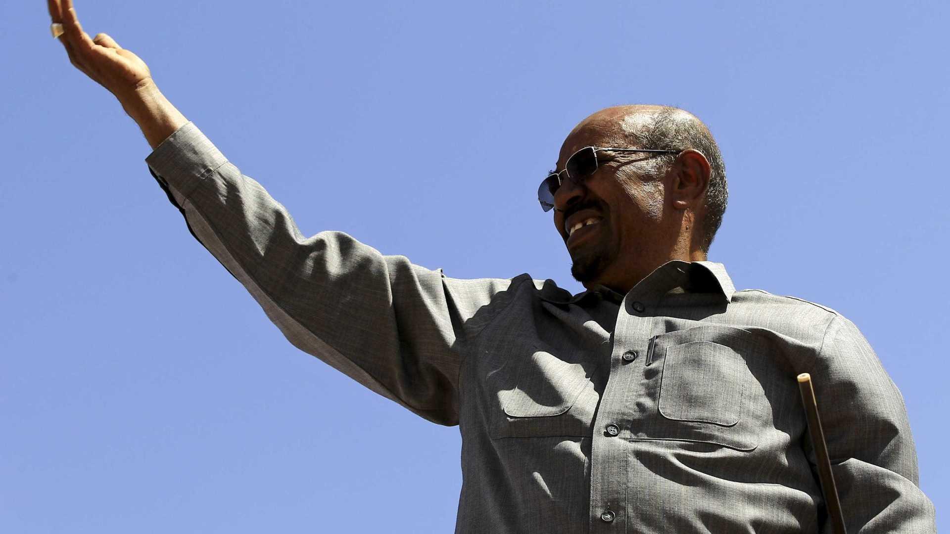 presidente do sudão, procurado pelo tpi, deverá visitar o uganda - Omar al Bashir - Presidente do Sudão, procurado pelo TPI, deverá visitar o Uganda