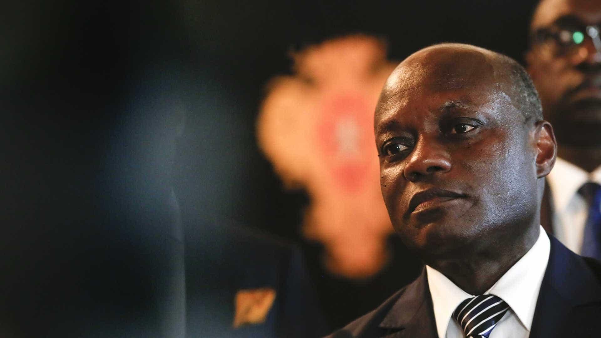 - PR Guine - Guiné-Bissau: PR acusa Governo de desvio de dinheiro para campanhas