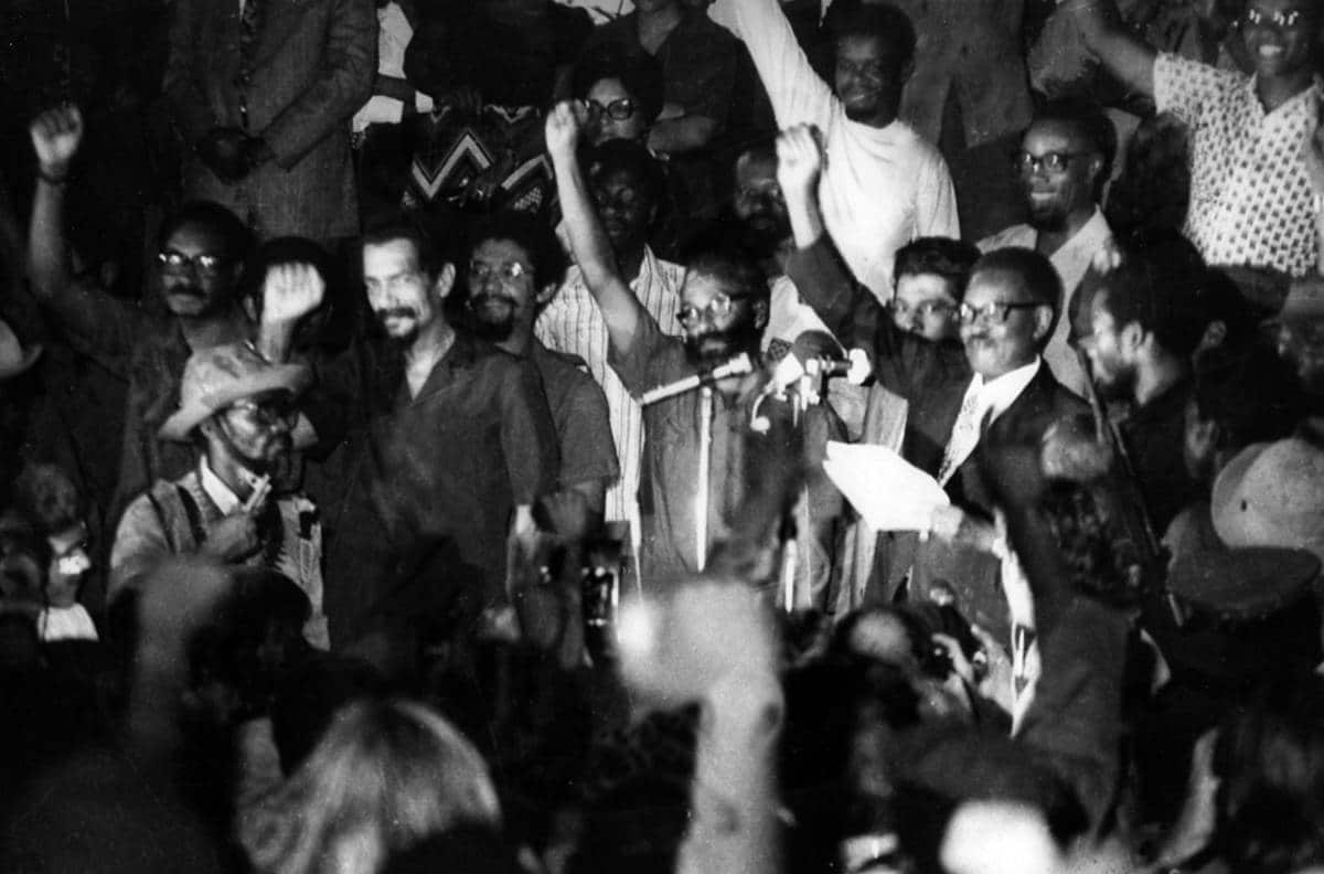 11 de novembro: comunicado do mpla reforça combate a corrupção - Proclamacao da Independencia de Angola Francisco Bernardo jaimagens - 11 de Novembro: Comunicado do MPLA reforça combate a corrupção