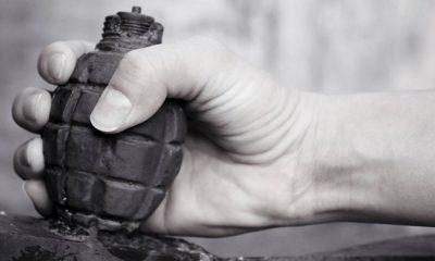 dois mortos e sete feridos em explosão de granada em tribunal - alx mundo paquistao tribunal explosao granada original 400x240 - Dois mortos e sete feridos em explosão de granada em tribunal