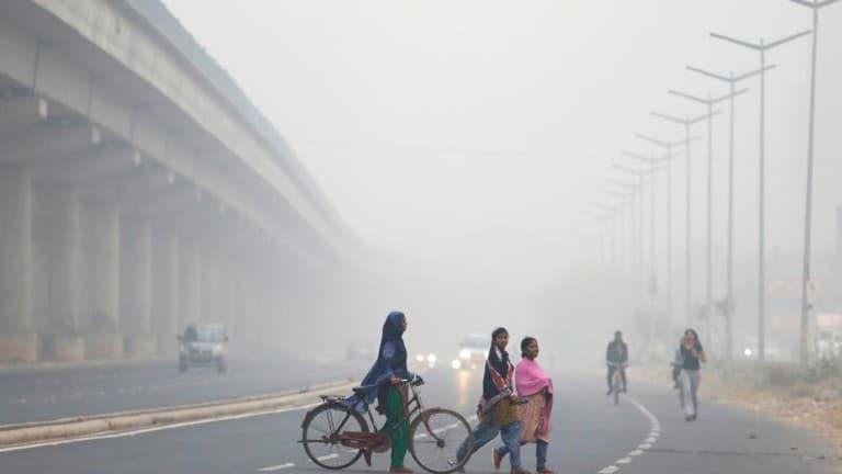 capital da Índia envolta em nuvem com níveis perigosos de poluição - image content 1110349 20171107164346 - Capital da Índia envolta em nuvem com níveis perigosos de poluição