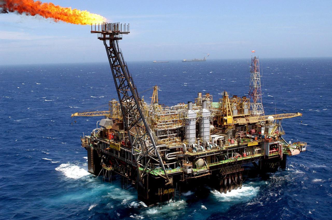 sonangol fica com 20 por cento das futuras descobertas de petróleo - AngolaPetr  leoG  sFotoPortalAngola - Sonangol fica com 20 por cento das futuras descobertas de petróleo