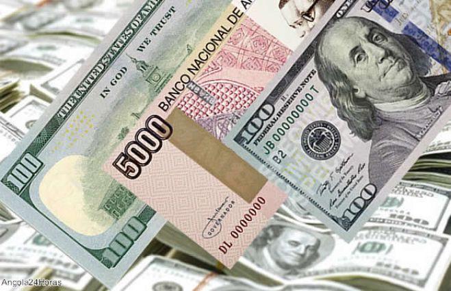 - Kwanza e Dolar - Economista diz que desvalorização do kwanza deve levar a subida da taxas de juro