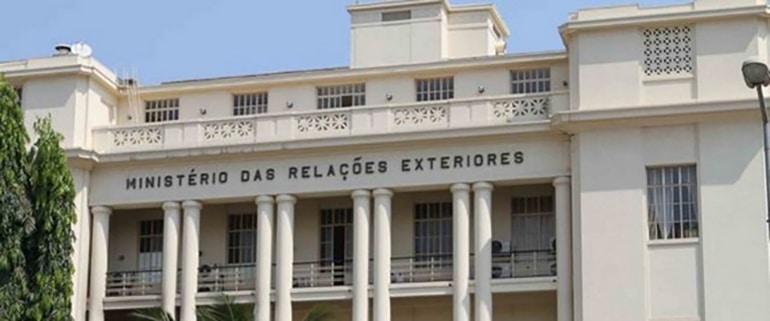 - PoliticaMirex - Angola encerra quatro embaixadas