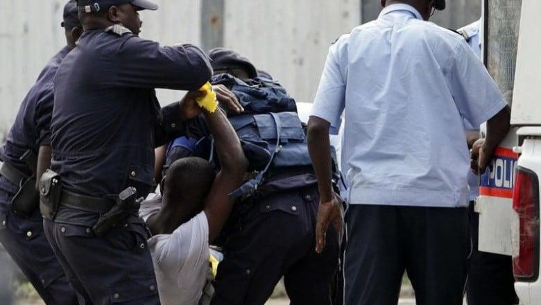 - policia nacional faz um balanco positivo 1483293556 b - Detidos dois envolvidos na rixa do Rocha Pinto