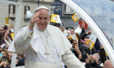 papa francisco anima brasileiros e diz que vencerão para a próxima - 1426941741 papa 400x240 - Papa Francisco anima brasileiros e diz que vencerão para a próxima