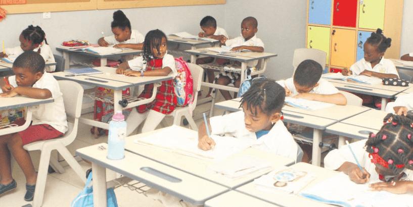 - Colegios Luanda - Colégio mais caro de Luanda cobra propinas mensal equivalente a 26 salários mínimo