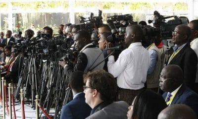 - Jornalistas  400x240 - Jornalistas da RNA e TPA ameaçam entrar em greve