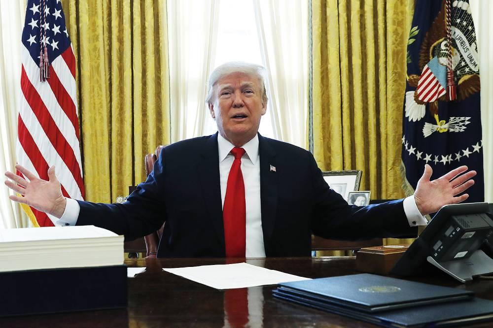 - TRUMP - Trump agradece à Arábia Saudita a descida do petróleo. Mas diz que vai descer mais
