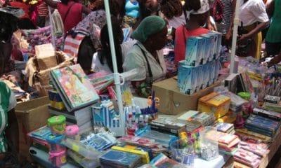 preço de materiais escolar mais caro do que o ano passado. afirmam cidadãos - MATERIALESCOLARANGOP 400x240 - Preço de materiais escolar mais caro do que o ano passado. Afirmam cidadãos