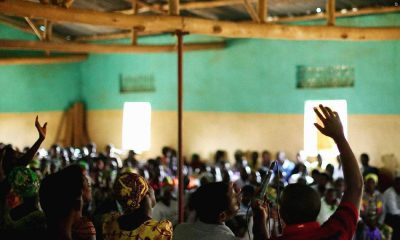 - RUANDA Igrejas 400x240 - Ruanda encerra 714 igrejas na capital por falta de higiene