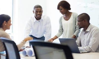 - empreendedor reuniao negros negocios business empreendedorismo equipe treinamento 1495217955763 956x500 400x240 - Top 5 Riscos para os Negócios em 2020 a nível global