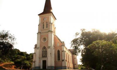 cabinda: primeira missão católica  da africa austral desaba parcialmente - 019cf503f 7c6a 42a3 b7cc 6da1e9fc6c3e 400x240 - Cabinda: Primeira Missão Católica  da Africa austral desaba parcialmente