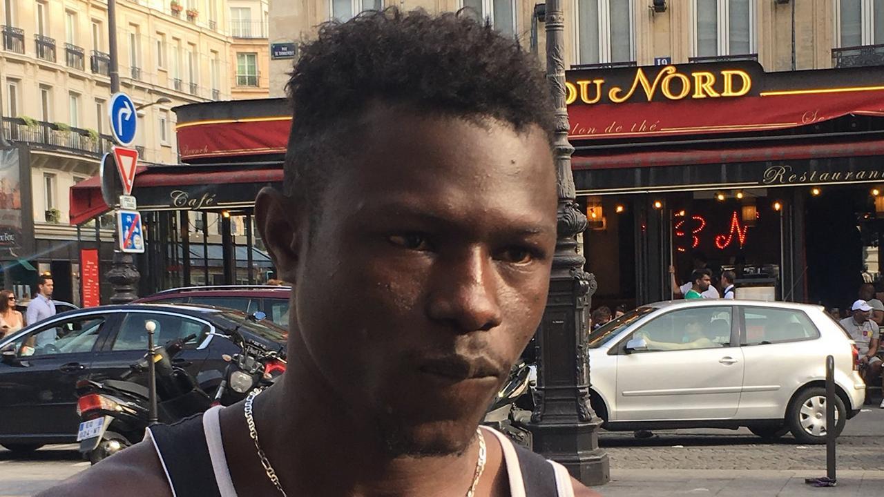 frança: imigrante maliano ilegal salvou vida de criança de 4 anos e vai ser recebido por macron - Mamoudou Gassama - França: Imigrante Maliano ilegal salvou vida de criança de 4 anos e vai ser recebido por Macron