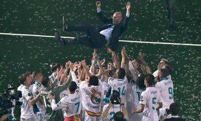 jogadores do real madrid despedem-se de zidane - real  zidane 400x240 - Jogadores do Real Madrid despedem-se de Zidane