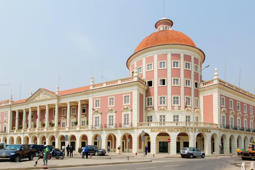 banco nacional de angola revoga licenças de seis casas de câmbio - BNA - Banco Nacional de Angola revoga licenças de seis casas de câmbio