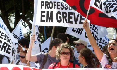 portugal: greve dos professores com serviços mínimos - greve professores 400x240 - Portugal: Greve dos Professores com serviços mínimos