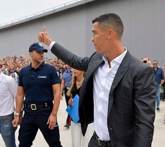 - CR7 560x498 - Ronaldo quer trocar 23 meses de prisão por multa de 350 mil euros