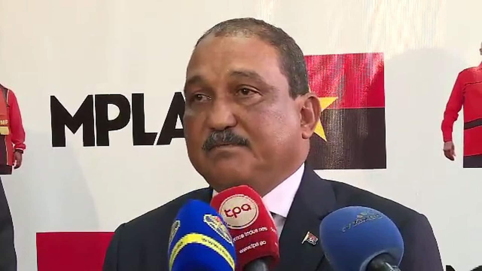 secretário do bureau político do mpla fala sobre 6.º congresso extraordinário - Ju martins - Secretário do Bureau Político do MPLA fala sobre 6.º Congresso Extraordinário