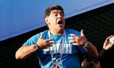 """maradona quer voltar ao comando da argentina: """"trabalharia de gratuitamente"""" - maradona 400x240 - Maradona quer voltar ao Comando da Argentina: """"trabalharia de gratuitamente"""""""