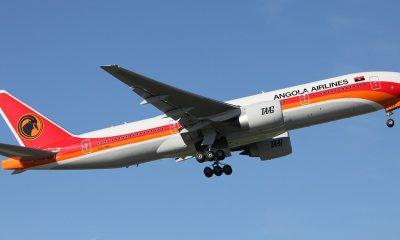 - taag angola airlines 400x240 - TAAG negoceia compra de novos aviões com Boeing e Bombardier