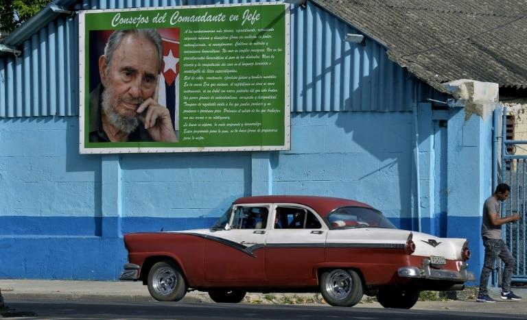 - CUBA - Assembleia Geral  da ONU pede levantamento do embargo a Cuba quase por unanimidade