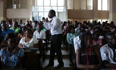 - Professores universitario 400x240 - Salários de professores universitários sobem 80 por cento