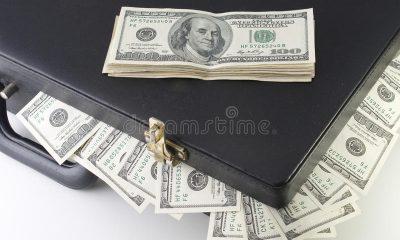 - pasta com do  lares 400x240 - Detidos cidadãos com mais de 100 mil dólares americanos falsos