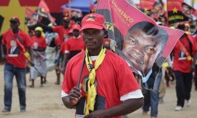 - MILITANTE MPLA 400x240 - MPLA elege novo Bureau Político