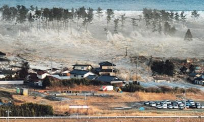 número de mortos nos terramotos e tsunami na indonésia aumenta a 832 - terramotos e tsunami na Indon  sia  400x240 - Número de mortos nos terramotos e tsunami na Indonésia aumenta a 832