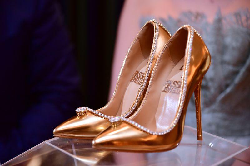 estes são os sapatos mais caros do mundo - transferir 3 - Estes são os sapatos mais caros do mundo